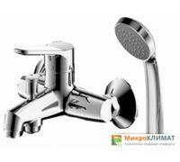 Смеситель для ванны Bravat Emeralda F6135147CP-B-RUS с лейкой, настенный